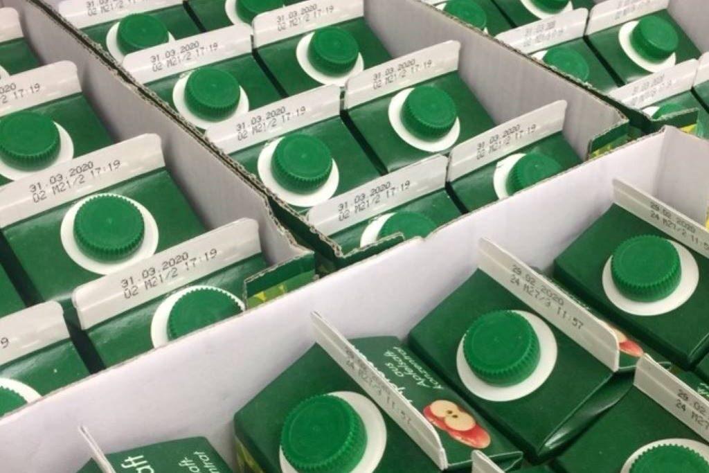 Tetra Pak in einer Kiste